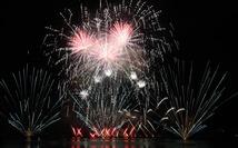 Đội pháo hoa Phần Lan và Ý 'vẽ' tình yêu lung linh trên sông Hàn