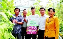 Trao hỗ trợ các mô hình Cùng xây cuộc sống xanh