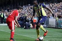 Usain Bolt được mời đến châu Âu đá chuyên nghiệp