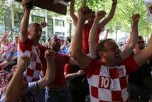 Tinh thần Croatia: Nụ cười, bài hát và bia Karlovacko