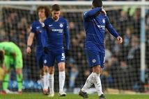 'Cầu thủ Chelsea lại tiếp tục phản thầy?'