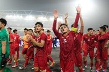 Bóng đá Việt: Ngày qua mặt người Thái sẽ không xa