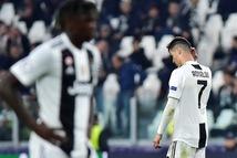 Cộng đồng mạng: Ronaldo cố tình thua để tránh…Messi