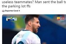 Video Messi bị trêu chọc vì pha dứt điểm 'dở không tưởng'