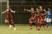 Ba bàn thắng tuyệt đẹp hiếm có tại V-League trên sân Thống Nhất