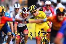 Tour de France có nhà vô địch trẻ tuổi nhất trong vòng 111 năm