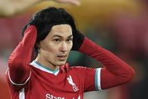 Sốc: Liverpool thua Burnley tại Anfield, đứt chuỗi 68 trận bất bại trên sân nhà
