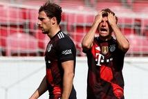 Thua 'sốc' Mainz 05, Bayern lỡ cơ hội vô địch sớm