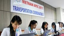 Phía sau những chuyến xe đưa đón đại biểu APEC