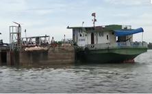 Kịp thời ngăn chặn sự cố chìm tàu chở 19.000 lít dầu trên sông Tiền