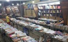 Đóng cửa đường sách duy nhất ở Huế vì bán sách giả và sách lậu?