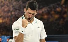 Đánh bại 'hiện tượng' Karatsev, Djokovic vào chung kết Úc mở rộng
