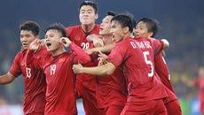 Clip Đức Huy nhân đôi cách biệt cho tuyển Việt Nam