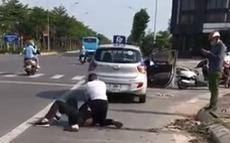 Kỷ luật cảnh cáo đại úy công an đứng nhìn tài xế vật lộn với tên cướp: có thỏa đáng?