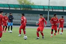 Thầy trò ông Park tập buổi đầu tiên tại Kyrgyzstan