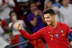Ronaldo san bằng kỷ lục ghi bàn của bóng đá thế giới
