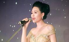 Nhật Huyền hát 7 phiên bản Ave Maria đón Giáng sinh