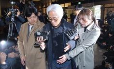 Giám đốc nhà hát Hàn Quốc bị triệu tập vì tấn công tình dục