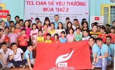 TCL Việt Nam trao tặng tivi cho trẻ mồ côi và khuyết tật