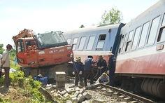 Tạm giữ tài xế máy xúc gây tai nạn cho tàu SE3
