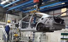 Thủ tướng: giảm 50% phí trước bạ ôtô, chưa đồng ý gia hạn nộp thuế thu nhập cá nhân
