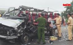 Hai xe khách tông nhau, 6 người chết, nhiều người bị thương