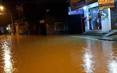 Lũ chồng lũ tại Quảng Ngãi, nước sông lại dâng ở Huế