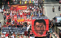 Dân Philippines biểu tình đòi tổng thống 'ngưng giết chóc'