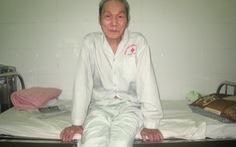 Bệnh nhân 85 tuổi trả lại tiền, vàng cho người đánh rơi