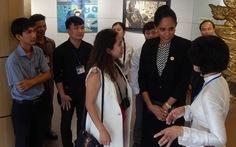 Phu nhân thủ tướng Papua New Guinea thăm Bảo tàng Mỹ thuật Đà Nẵng