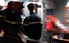 Kẹt đầu trong thang máy, nam thanh niên tử vong