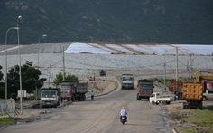 Đất nhiễm mặn vì bãi tro xỉ nhiệt điện Vĩnh Tân 2, dân khốn đốn
