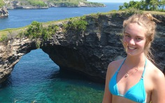 Đến Bali, chụp 'selfie đến chết'