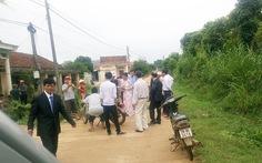 Kiểm điểm ngay vụ 'thôn chặn xe đám cưới... đòi nợ tiền làm đường'