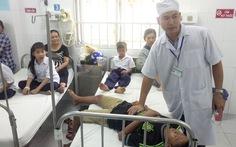 Vụ ngộ độc sữa: còn 39 học sinh phải nằm viện