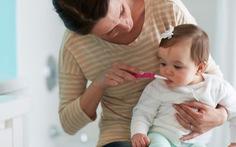 Chăm sóc răng miệng cho trẻ bằng cách nào?