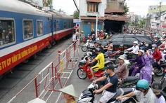 Việc gì phải bỏ ga Sài Gòn?