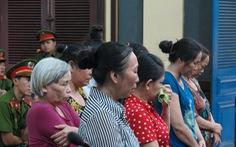 Nhóm nhặt ve chai trộm vải ở sân bay Tân Sơn Nhất lãnh án