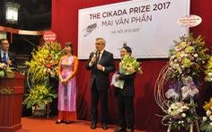 Nhà thơ Mai Văn Phấn nhận giải thưởng Cikada Thụy Điển 2017