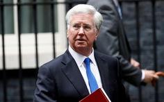 Bộ trưởng quốc phòng Anh từ chức sau cáo buộc quấy rối tình dục
