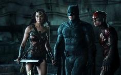 Justice League và khi Người Dơi ục ịch bên những siêu anh hùng