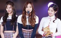 Twice giành Daesang, MAMA Nhật Bản gây tranh cãi