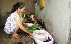 TP.HCM báo động tình trạng dân có nước máy, vẫn xài nước giếng!
