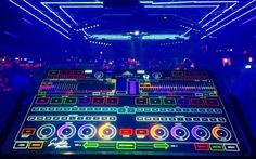 Trình diễn âm nhạc điện tử (EDM) tại Ngày công nghệ Tuổi Trẻ