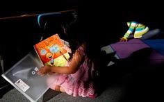 Học sinh không đọc thông viết thạo, bang California bị kiện