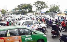 Sao thêm phí chống ùn tắc khi dân đã cõng quá nhiều loại phí?