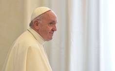 Giáo hoàng Francis nói đưa tin giả là phạm trọng tội