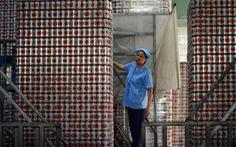 Bia Sài Gòn về tay tỉ phú Thái, cổ phiếu SAB liên tục lao dốc