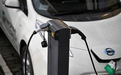 """Toyota sẽ tung ra 10 dòng xe chạy """"hoàn toàn bằng điện"""" vào năm 2020"""