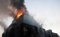 Vụ cháy thảm khốc ở Hàn Quốc do vật liệu phủ